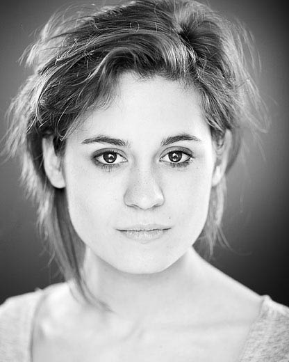 Emily Laing - actors headshot by Alex Winn